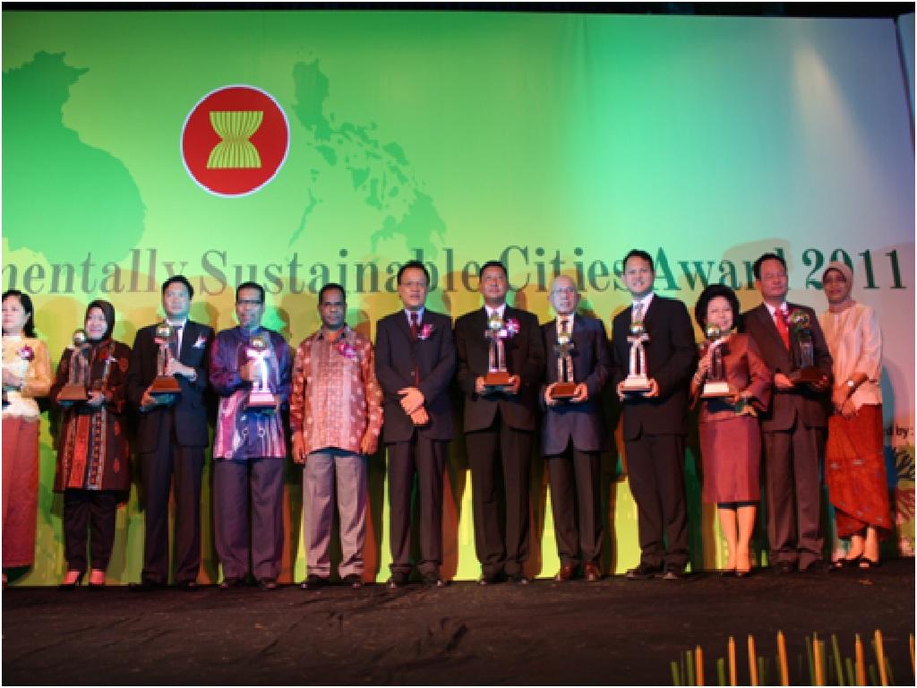 ASEAN Celebrates 5
