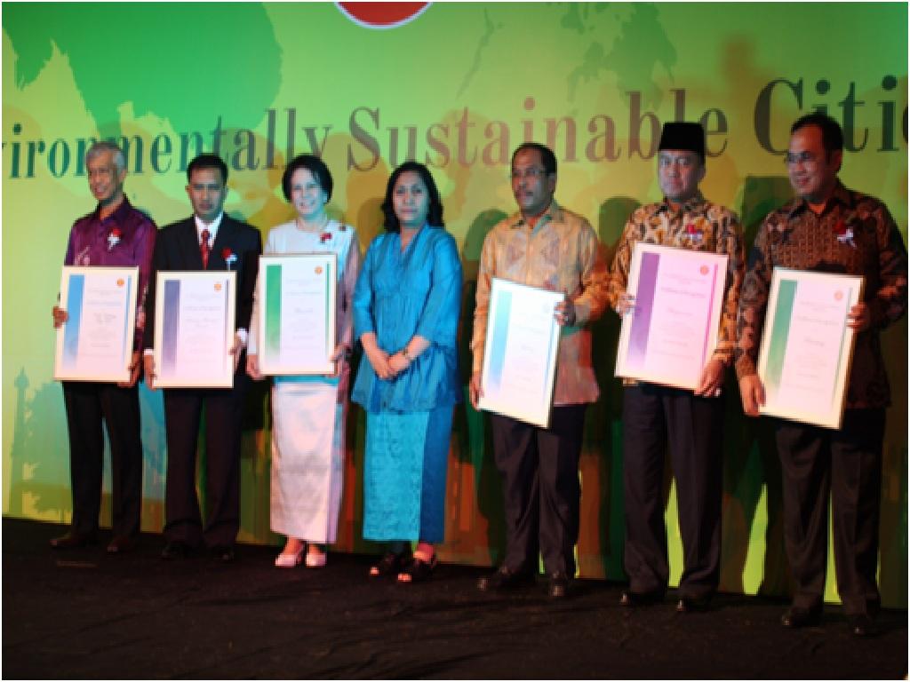ASEAN Celebrates 6